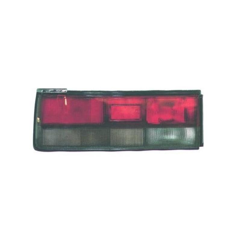 Feux arrière gauche (CONDUCTEUR) MAZDA 323 1987 à 1989