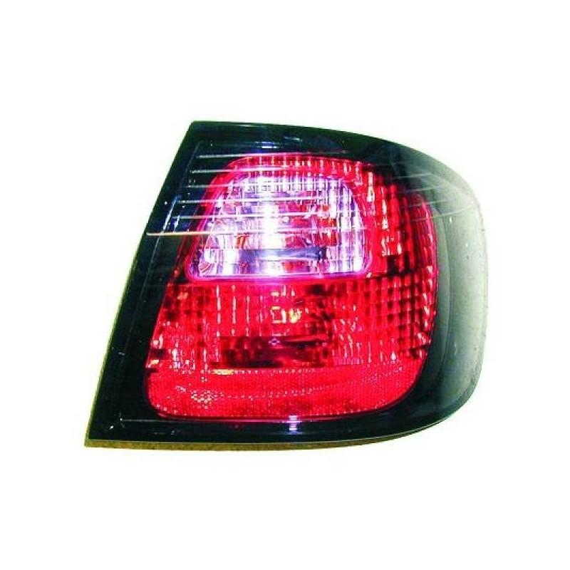 Feux arrière gauche (CONDUCTEUR) NISSAN PRIMERA 1999 à 2000
